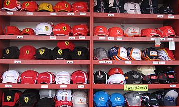 Venta de gorras en los stands del GP Telefónica de Fórmula 1 (10 de mayo de 2009)